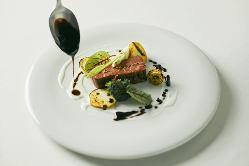 自社ブランド「満点和牛」和牛の一皿