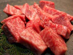 度迫力の赤身肉!!飛騨牛は赤身にもきめ細やかなさしがあります