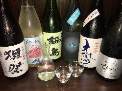 こだわりの日本酒! 常時6~8種あります!