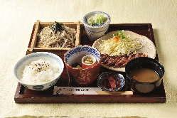 飛騨牛ステーキ丼 1,700文(円)