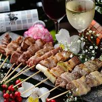 奥三河鶏使用!!串の種類豊富!!お味もタレ、塩、黒胡椒とあります