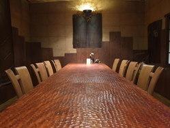 人気のテーブル席の個室です。