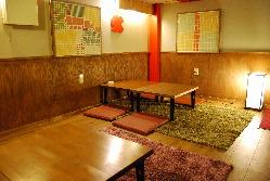 1階個室禁煙テーブル席。中2階も増設!10名×2部屋♪