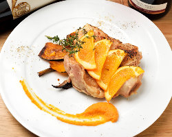 愛知県産食材のグリル料理やスパニッシュ・イタリアンに舌鼓