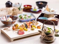 華やかで旬の食材を散りばめたお祝い会席をお楽しみください