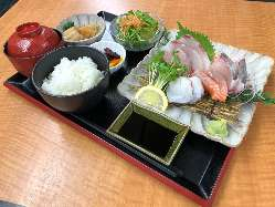 海鮮重 1200円(税別)