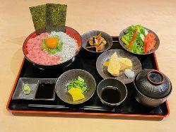 ホルモン定食 780円(税別)