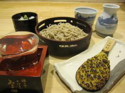そば前せっと 1000円 大信州 純米吟醸、焼き味噌、セイロ小盛