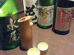 全国から厳選した日本酒など、料理に合うお飲み物も多彩に!