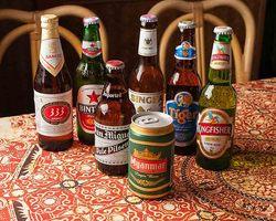 アジア各国のビール取り揃え。 飲めない方は多種ある紅茶を。