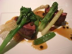 国産牛の炙り焼き 柔らかなお肉の食感をお楽しみ下さい