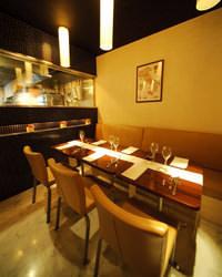 ◆中人数のパーティーにも 8名様まで対応の半個室空間!!