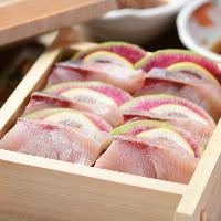 お刺身でも食べられるほど新鮮な旬魚をせいろ蒸しで旨みを凝縮