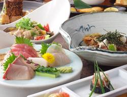 宴会から接待までおすすめの創作料理コースは各種ご用意。