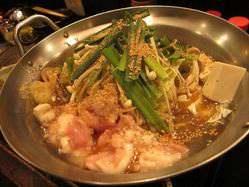 博多和牛もつ鍋は博多にて30年以上続く老舗の味を伝授。