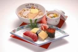 お子様メニューも充実 ニコニコ寿司セット750円など