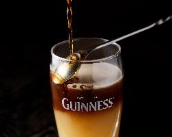 ギネス×桃ジュースで作る二層のカクテル