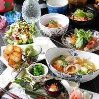 日本酒や焼酎など豊富なドリンクをお料理に合わせてどうぞ