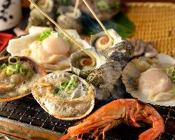 卓上コンロで楽しむ新鮮海鮮浜焼!オススメははまぐり・ホタテ!