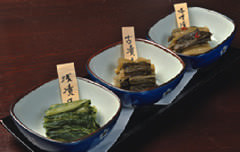 野沢温泉郷から届く昔ながらの野沢菜漬け