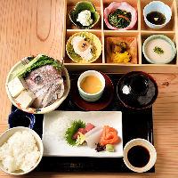松阪牛やみえまぐろ、雲丹、いくら、トリュフなど豪華食材絢爛