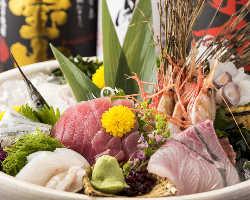 三河湾で穫れた新鮮な魚介と職人技が織り成す本格和食の数々。
