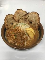 北海道炙りチャーシュー麺