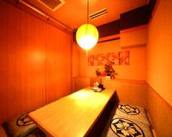 6名様用の個室×2部屋 少人数の宴会ならココ!最大14名。