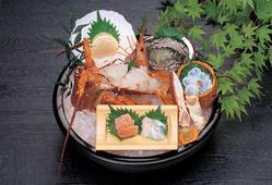 海鮮しゃぶしゃぶ会席 贅沢な魚介類をどうぞ