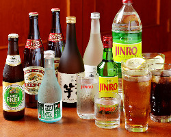生ビールや韓国酒など50種類以上の豊富なドリンク♪