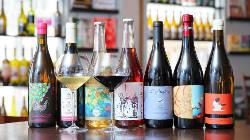 自然派ワインも豊富に取り揃えています!。在庫300本以上!。