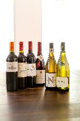 料理とワインや日本酒の素敵なペアリングができるレストラン!