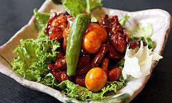 ご飯のおかずや酒の肴にぴったり元祖『甲府鳥もつ煮』
