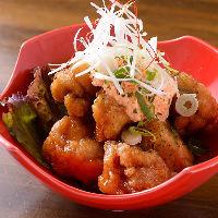 宮崎地鶏を使用した宮崎若鶏のチキン南蛮は当店人気No.1メニュー