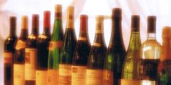 お手頃価格のボトルワインが充実。美味しいお料理とご一緒に。