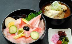 下田近海でとれたお魚を心ゆくまでご堪能あれ!