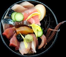 も漁師料理ゑび満の人気のメニューは個性豊かな海鮮丼です。