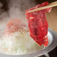 【炙り鶏寿司】  新鮮な鶏本来の旨みを存分に生かしたお寿司