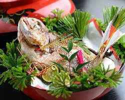 祝い向けの懐石料理屋やサービも充実!
