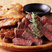 新メニューにリニューアル!肉料理が大本命!