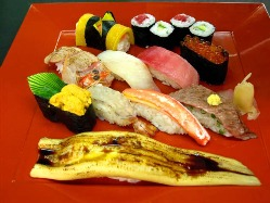 葵/吸物・デザート・サラダ・茶碗蒸し付 2940円