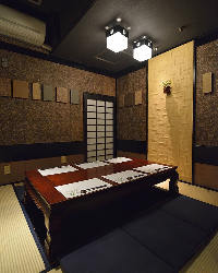 最大6名様迄ご利用可能な掘り炬燵個室。人気のお席です♪