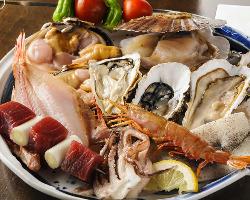 網焼きセット&魚串セットは、本日仕入れの魚介が盛り沢山♪