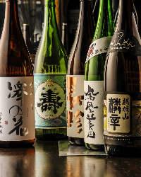 地酒5種、ワイン14種取り揃えております