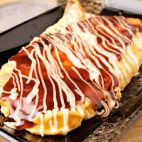 トン平焼やモダン焼、お好み焼や厚切りステーキなど豊富な鉄板焼