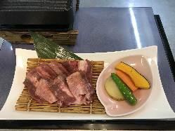 自家製ローストビーフ丼 1200円