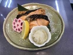 炙り角煮と煮玉子 700円