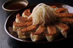 名物★浜松餃子! おやつやお食事、お酒のお共に!