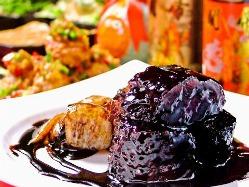名物!北京式げんこつ肉酢豚♪ボリューム満点で味も一級品♪
