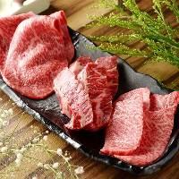 肉好きにはたまらない赤身肉ももちろんご用意しております。